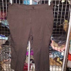 Maggie Barnes Jayne trousers 34 w & 32 w nwot